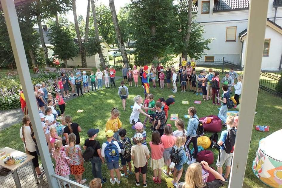 II –osios grupės vaikų dienos stovykla
